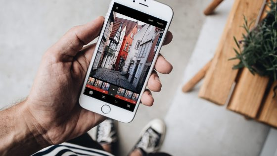 6 Design Tools to Help You Create Engaging Instagram Stories